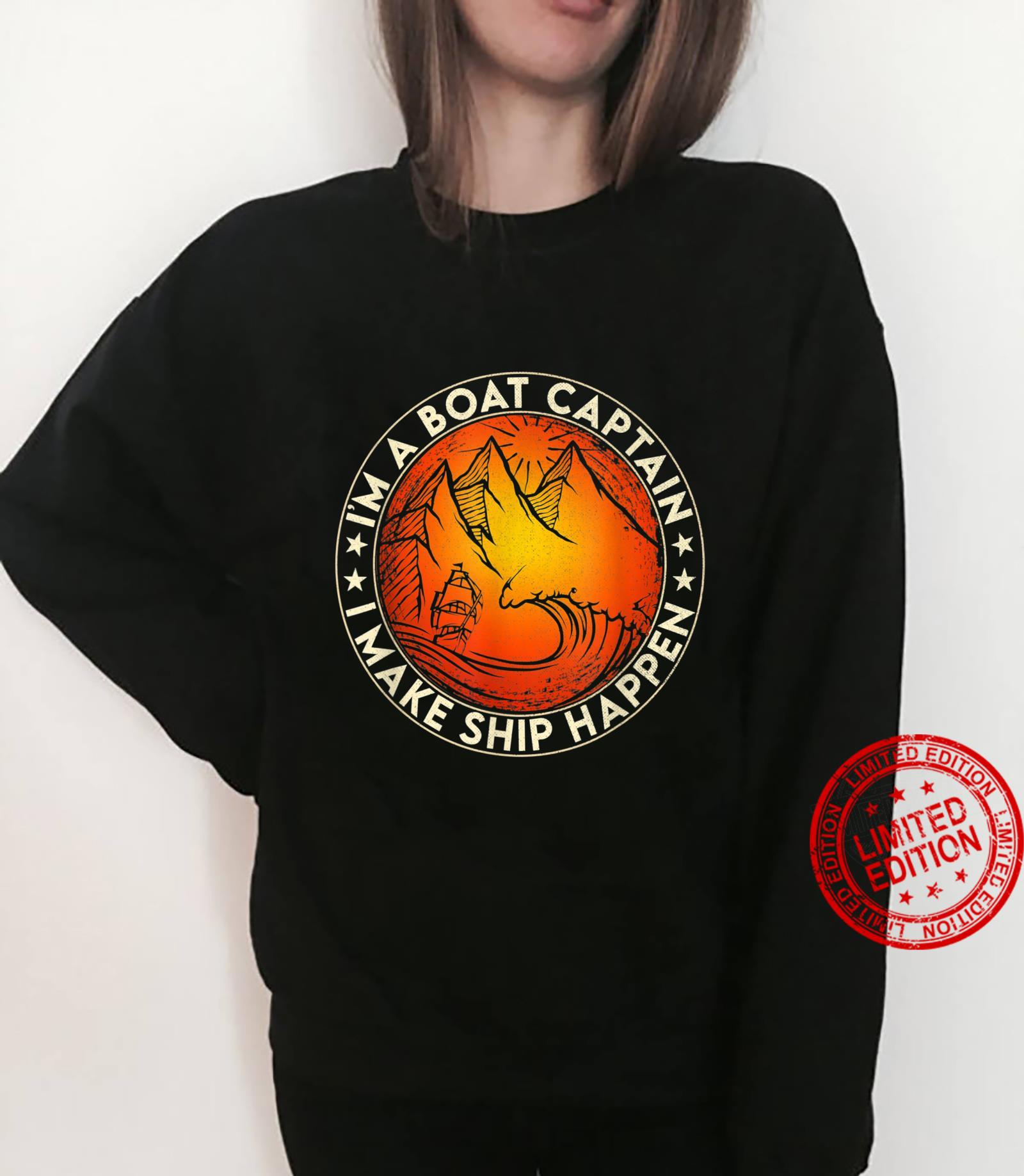 Funny Boating I'm the Boat Captain Boat Owners Retro Vintage Shirt sweater