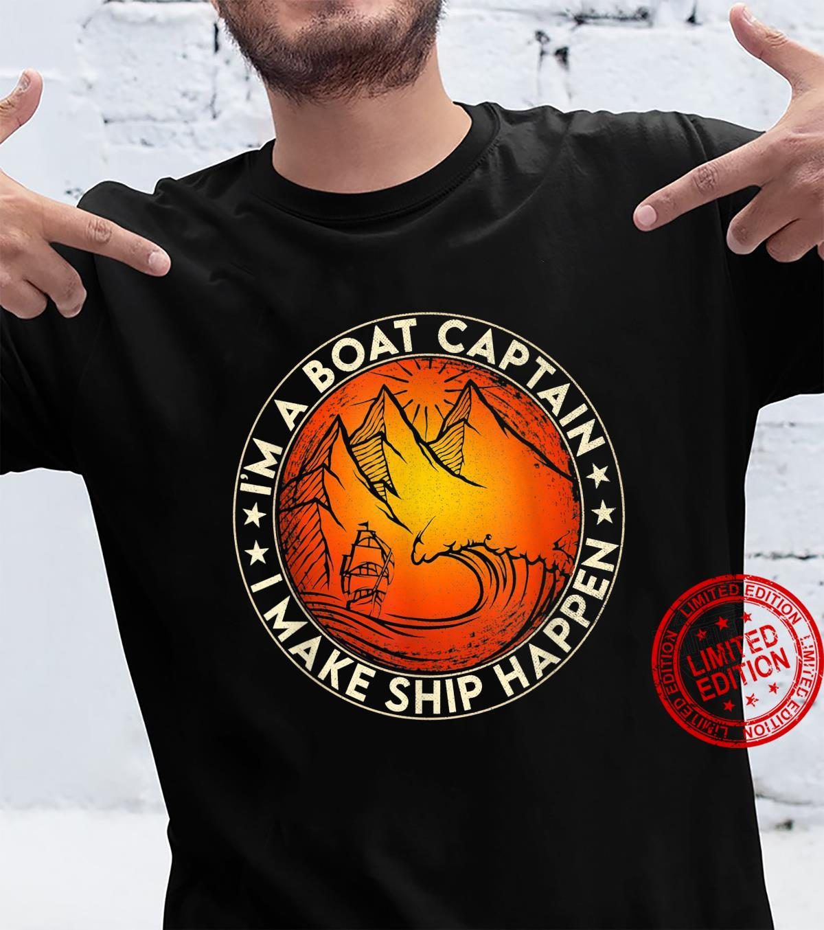 Funny Boating I'm the Boat Captain Boat Owners Retro Vintage Shirt