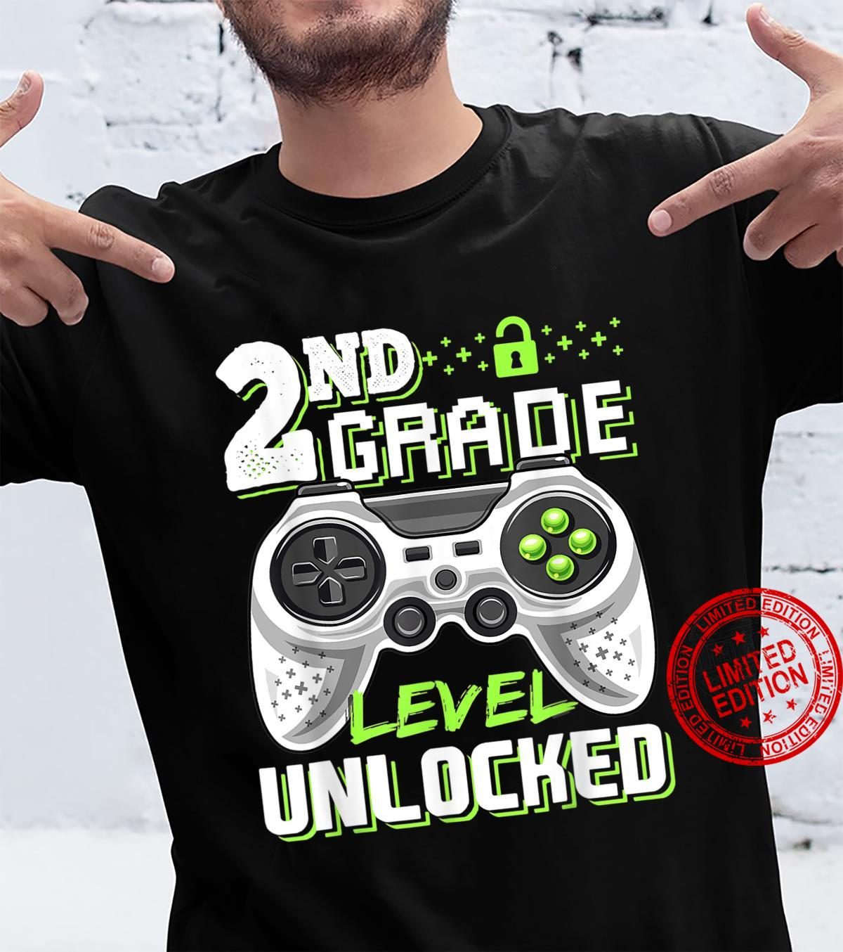 Funny Video Game Back To School 2nd Grade Level Unlocked Shirt