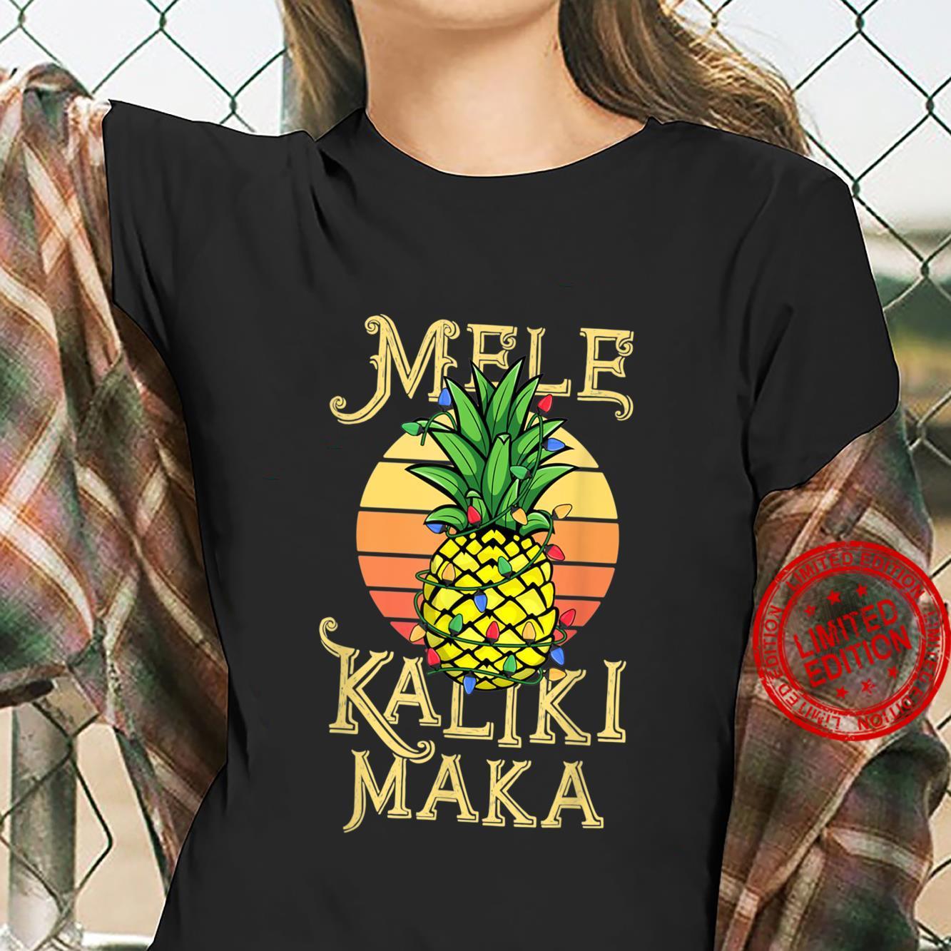 Mele Kalikimaka Pineapple Christmas Modern Hawaiian Shirt ladies tee