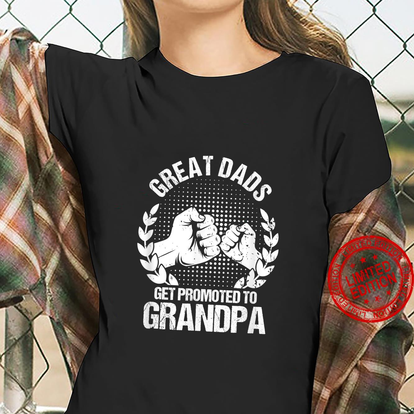 Mens Great Dads Get Promoted To Grandpa Father's Day Shirt ladies tee